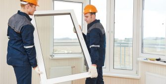 Réparation et placement de tous types de vitrages, conception de portes en verre, miroirs, parois de douche, cette société vous propose des projets sur mesure.